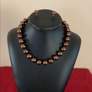 Brown Pearl necklace with earrings